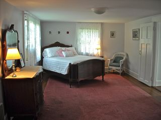 Oak Bluffs house photo - 'Pink Bedroom' - downstairs
