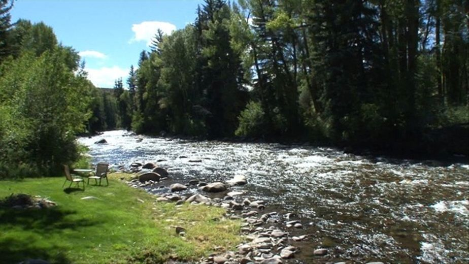 Other aspen properties vacation rental vrbo 67465 7 br for Roaring river fishing