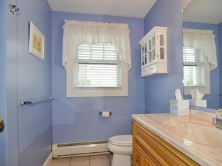 1st Floor Bath - Point Judith house vacation rental photo