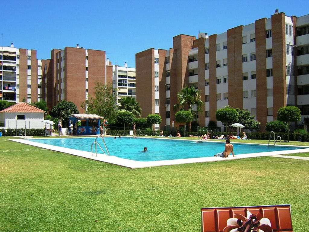 1 Bedroom Apartment Pet Friendly In Benalmadena Beach