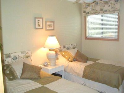 Bald Head Island townhome rental - Charming Childrens room including it's own TV
