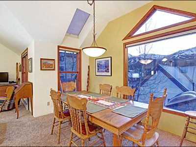 Breckenridge townhome rental - Seating for 8 in the Dining Room