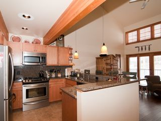 Edwards townhome photo - Prepare your favorite meals in the gourmet kitchen