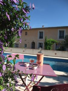 Spacious apartment with private terrace, WiFi, shared garden and pool