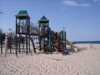 Lake Michigan park..fun for kids