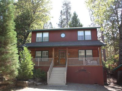 Beautiful Secluded Cabin In Sequoia National Forest..not Near The Park..sleeps 8