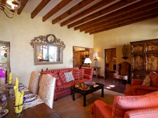 San Miguel de Allende house photo - Comfortable living and dining room - perfect for gathering