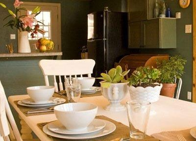 Gorgeous table settings and quality kitchen ware