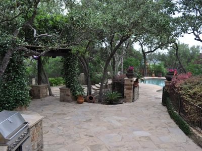 Austin estate rental - Back Patio/BBQ