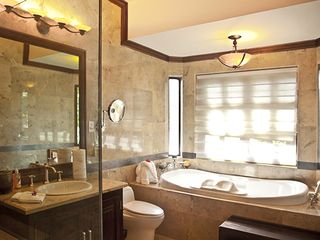 Ocho Rios villa photo - master bathroom with tub