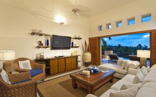 Punta Mita villa photo - Lots of room to lounge in living room