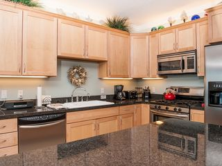 Lincoln City condo photo - Kitchen