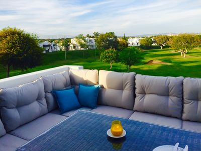 Luxury 2 bedroom, 2 bathroom apartment,  air con, stunning view over golf course