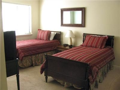 Lakeway house rental - Second Bedroom - 2 Twins