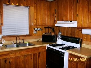 Steinhatchee cabin photo - Kitchen - All Pots & Pans & Appliances