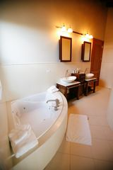 Anguilla villa photo - Master Bath with whirlpool