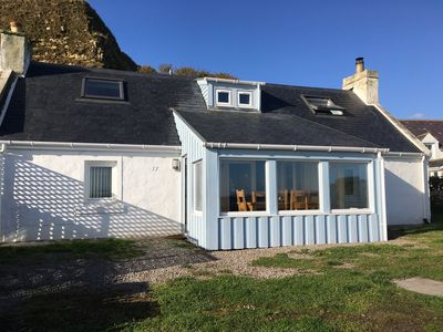 Fisherman's Cottage In Tranquil Highland Village Overlooking The Sea