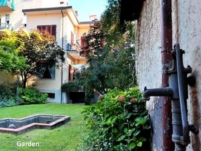 Holiday house, 220 square meters , Florence