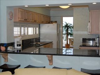 Mainsail Resort condo photo - Kitchen and eating bar