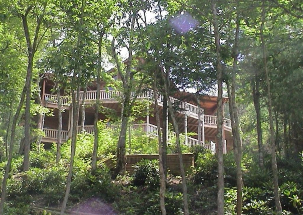 Lake nantahala vacation rental vrbo 110814 4 br smoky Smoky mountain nc cabin rentals