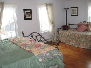 Hyannis - Hyannisport house photo - Bedroom 1 with King Bed and Day Bed