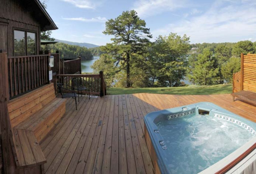 Cedar Cabin At Silver Bay View Cottages On...