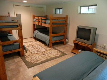Bunk room with futon and TV for the kidos