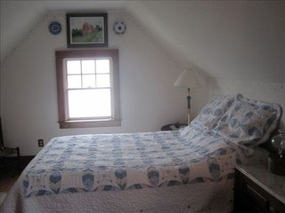 Surry cottage photo - Everybodies favorite 3rd floor bedroom.
