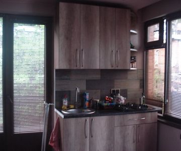 For Daily renting 2 bedroom apartment in Sololaki, Tbilisi