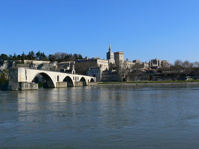 Avignon is just 47 kms away