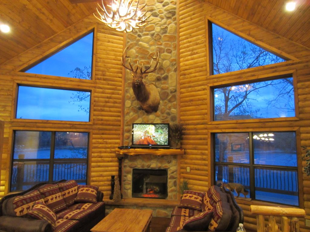 Luxury Lakefront Log Chalet 50ft To Lake Boat Vrbo