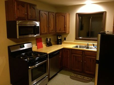 Saranac Lake lodge rental - Fully stocked kitchen