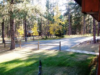 Deadwood cabin photo - DML Driveway and Parking