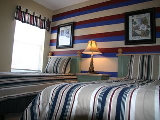 Emerald Island house photo - stripes twin bedroom