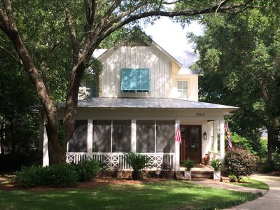 Beautiful Cottage In The Fruit And Nut District Of Fairhope
