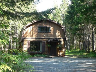 Cedar Song Cottage on 5 Forested Acres