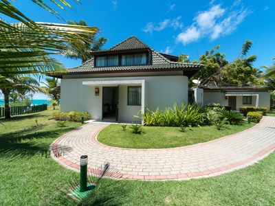 BUNGALOW IN BEACH CLASS LOCATION PREMIUM