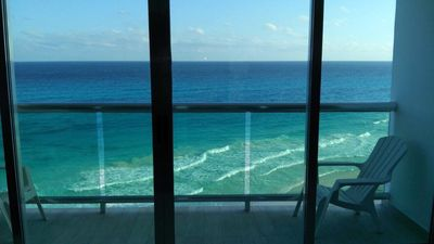 Beautiful newly renovated beach front penthouse with 2BR/3BATHS