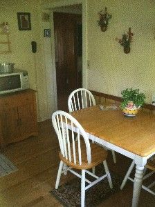 Lebanon cottage rental - full size eat-in kitchen