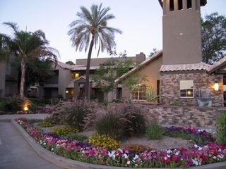 Scottsdale condo photo - Front of condo complex