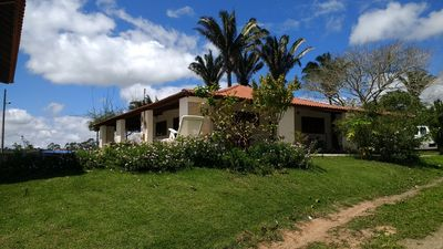 Sítio Rochedo: large house, beautiful view, thermal pool, climate of serra and leisure.