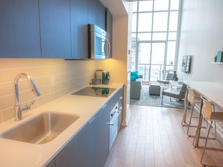 Toronto condo photo - Fully equipped modern kitchen