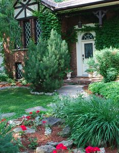 Niagara-on-the-Lake house rental - Front walkway