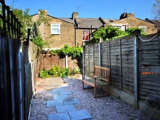 Newham apartment photo - Garden