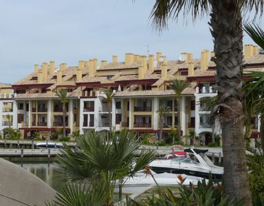 Apartment in the Marina, Golf Paradise Sotogrande, Close to Beach/Golf/Shopping