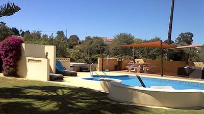 Luxury Villa With A Large Solar-Heated Private Swimming Pool