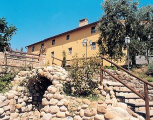 Montespertoli farmhouse photo