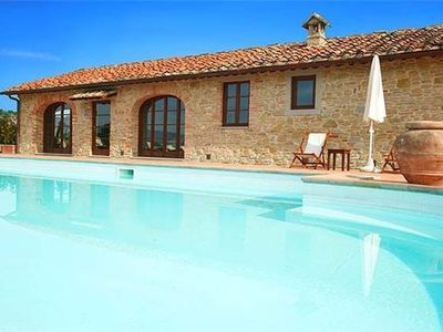 Holiday house for 6 persons, with swimming pool, in Florentine Hills