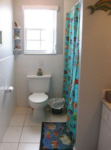 Plantation Key house rental - Guest Bathroom