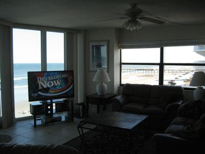 Large Open living area with great views south and direct ocean front.